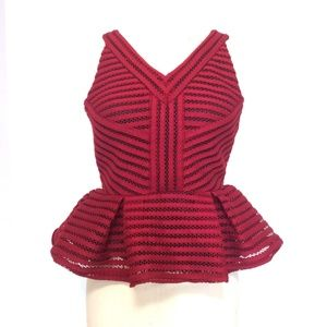 NWOT/Romeo & Juliet Couture Red Elegant Top/S